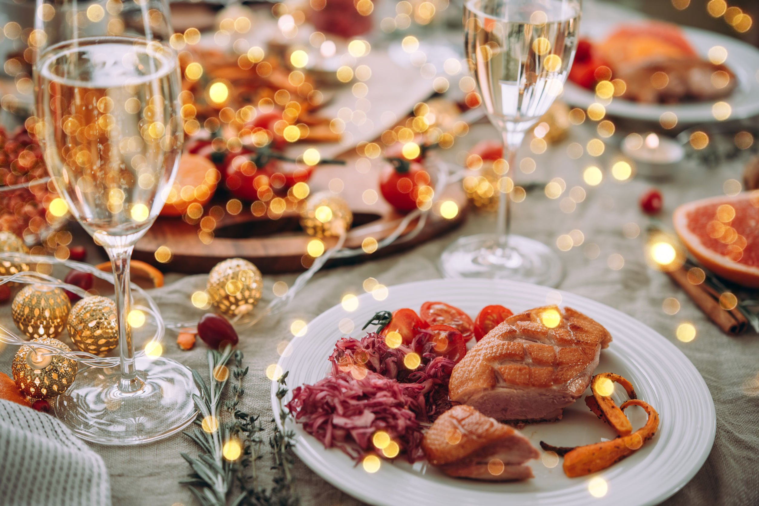 7 Benefits of Hiring a Personal Chef for Your Holiday Party